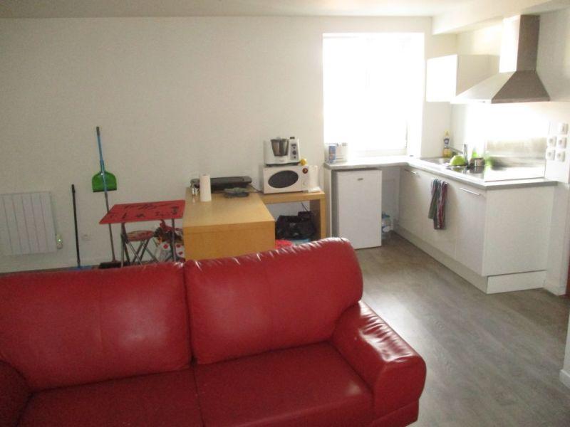 Sale apartment Epernon 124000€ - Picture 1