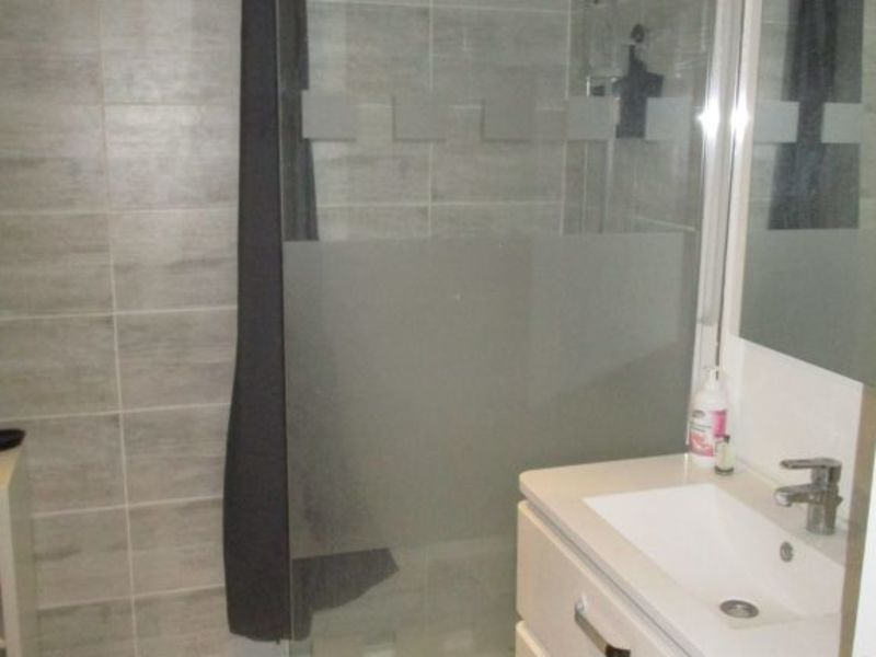 Sale apartment Epernon 124000€ - Picture 5