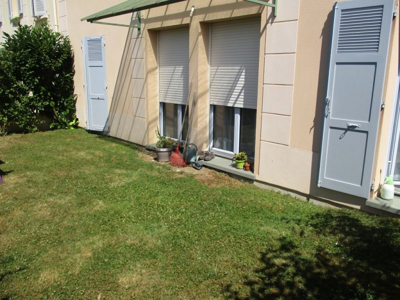 Vente appartement Epernon 145900€ - Photo 1