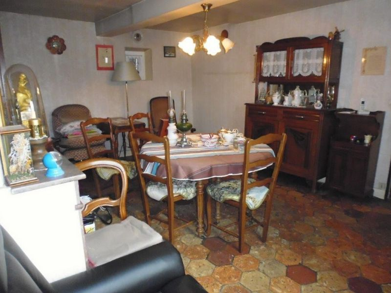 Sale house / villa Nogent le roi 109 000€ - Picture 4