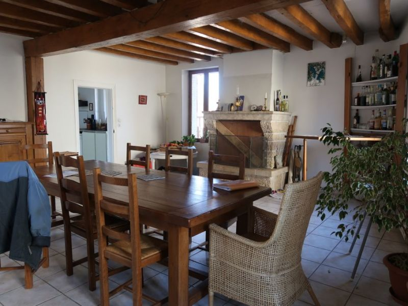 Sale house / villa Nogent le roi 212 000€ - Picture 3