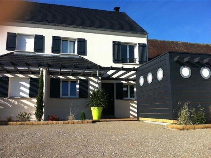 Sale house / villa Nogent le roi 217300€ - Picture 1