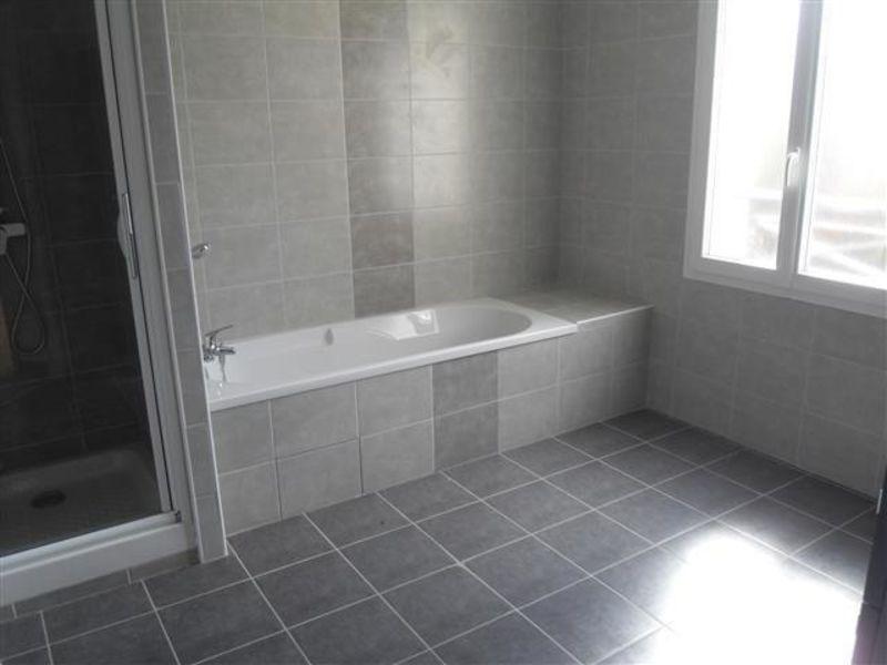 Sale house / villa Nogent le roi 217300€ - Picture 5