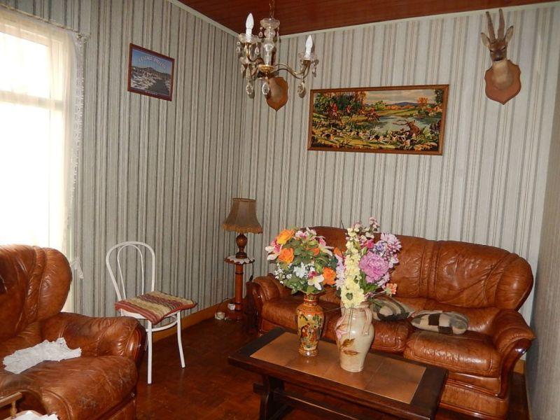 Sale house / villa Nogent le roi 152000€ - Picture 2