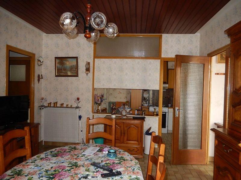 Sale house / villa Nogent le roi 152000€ - Picture 3