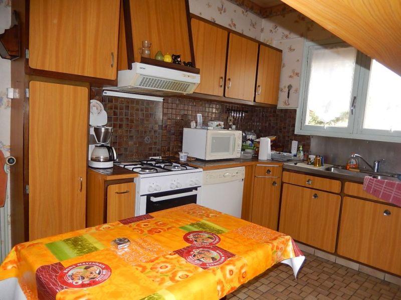 Sale house / villa Nogent le roi 152000€ - Picture 5