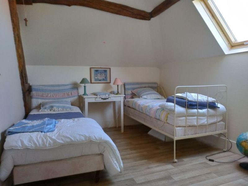 Sale house / villa Courville sur eure 383250€ - Picture 9