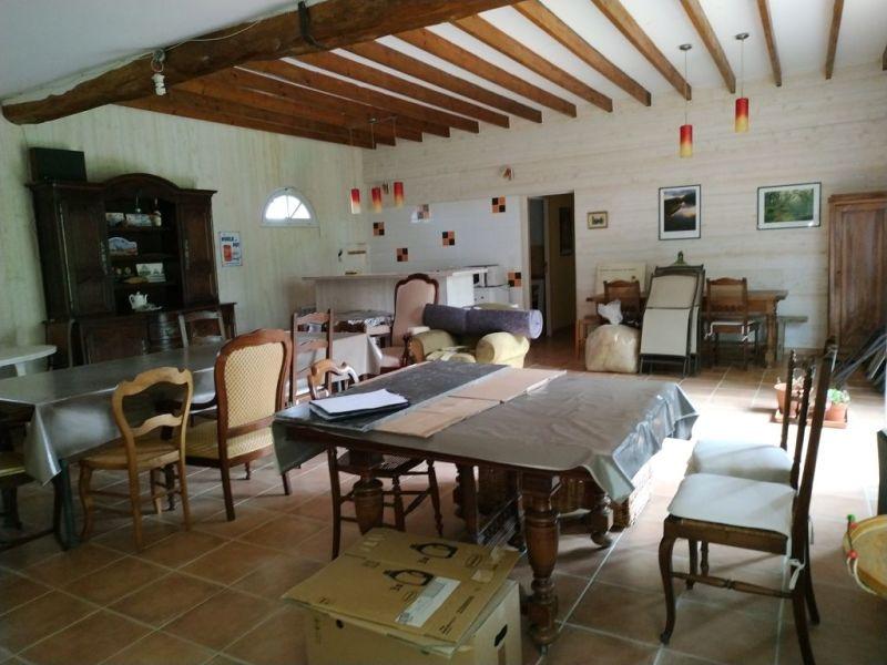 Sale house / villa Courville sur eure 383250€ - Picture 12