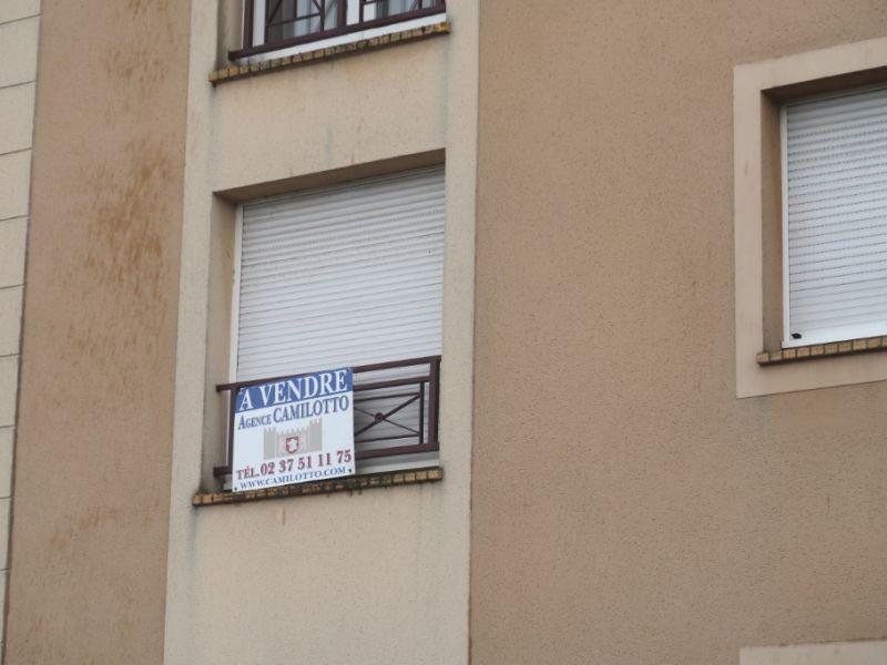 Sale apartment Nogent le roi 65400€ - Picture 7