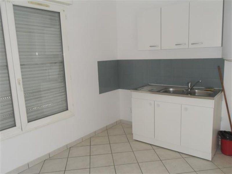 Sale apartment Epernon 129600€ - Picture 3