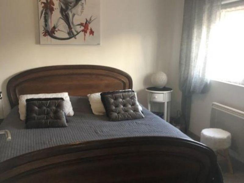 Sale apartment Talange 144000€ - Picture 2