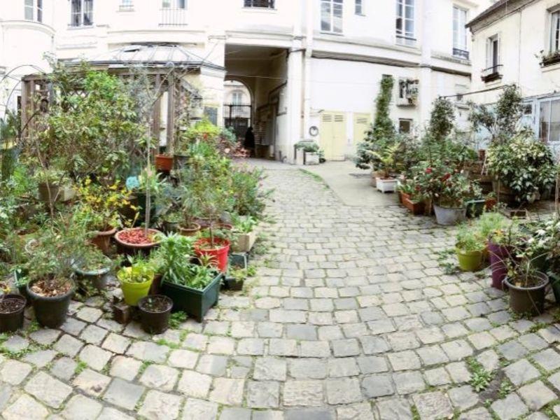 Sale apartment Paris 18 493000€ - Picture 1
