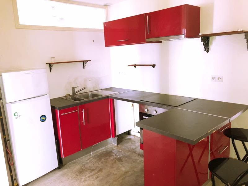 Sale apartment Paris 18 493000€ - Picture 4