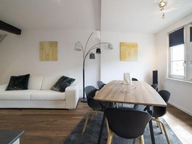Location appartement Strasbourg 2525€ CC - Photo 2