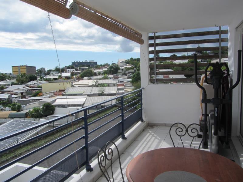 Sale apartment Saint-louis 143000€ - Picture 2