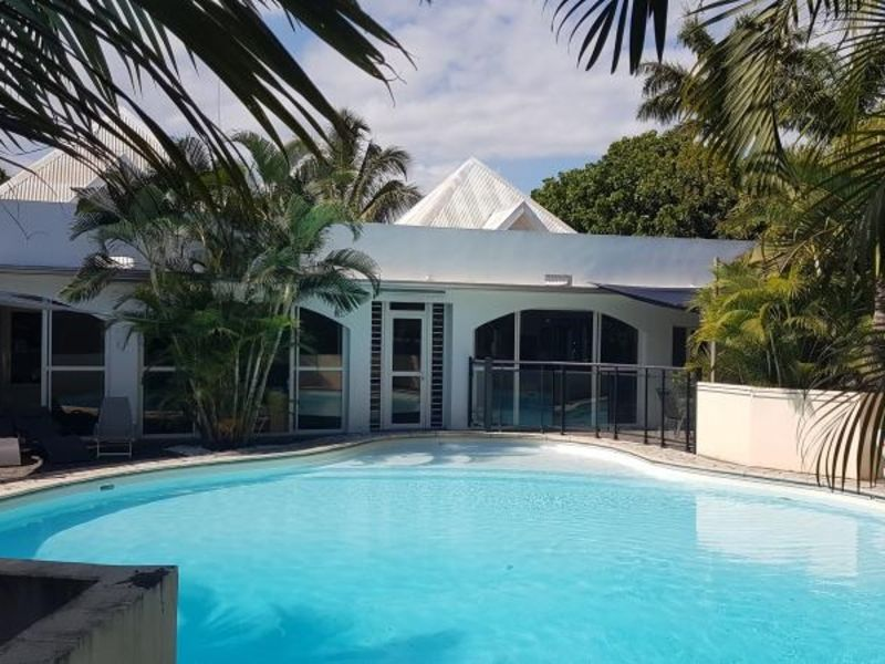 Vente maison / villa L etang sale 650000€ - Photo 4