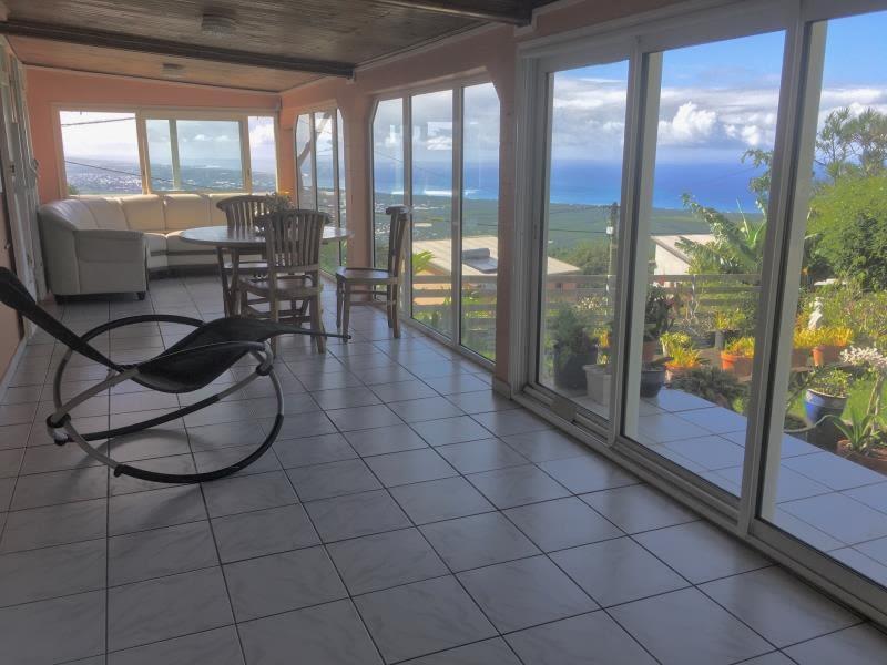 Sale house / villa Les avirons 245000€ - Picture 2