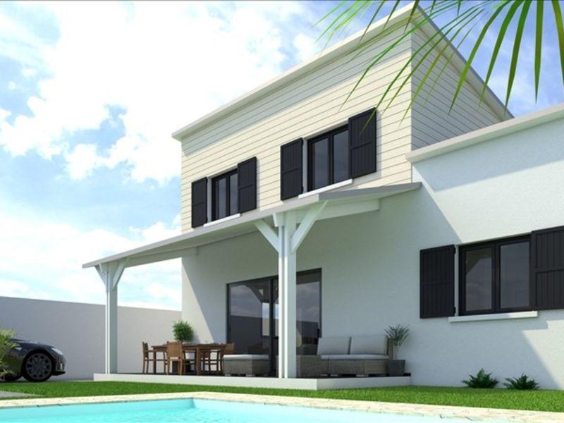 Sale house / villa Les avirons 372000€ - Picture 1