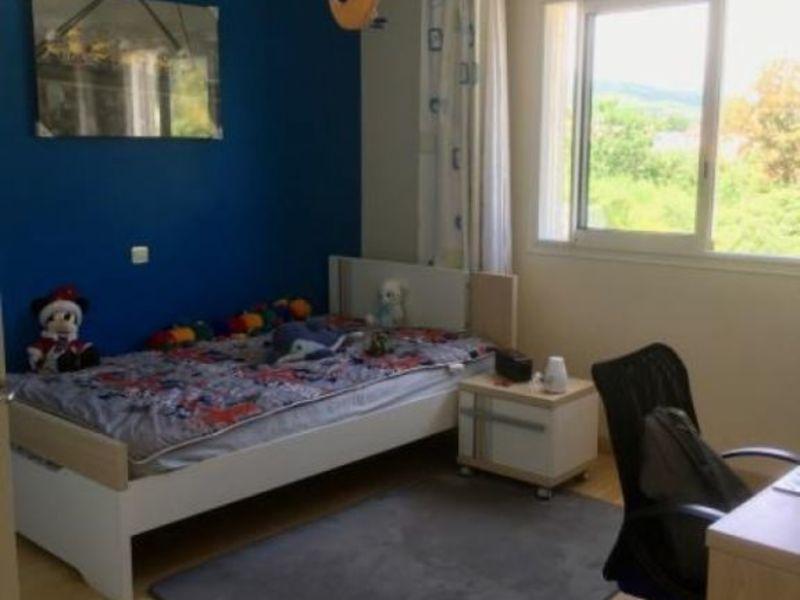 Revenda casa Le tampon 365000€ - Fotografia 3