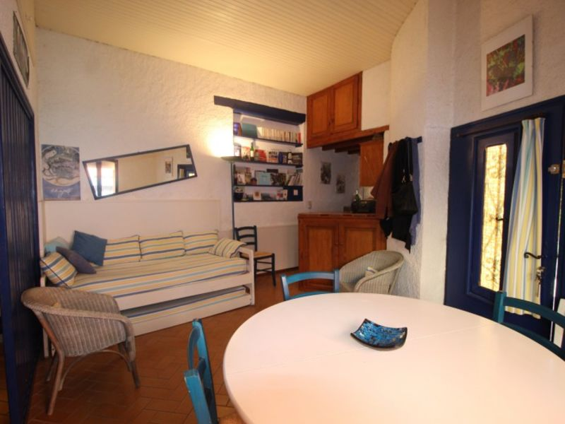 Vacation rental apartment Collioure  - Picture 9