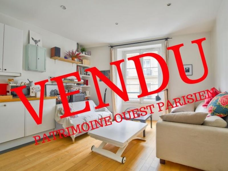 Sale apartment Paris 10 488000€ - Picture 1