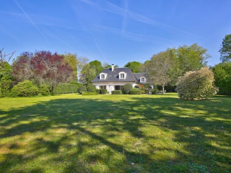 Sale house / villa St nom la breteche 1550000€ - Picture 2