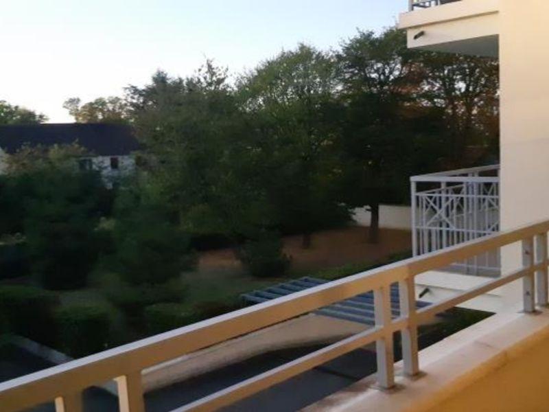 Rental apartment St germain en laye 1299€ CC - Picture 2