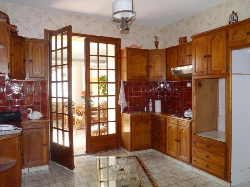 Sale house / villa Gemozac 271700€ - Picture 3