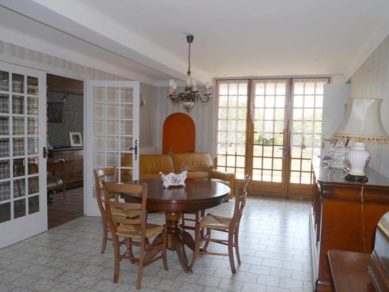 Sale house / villa Gemozac 271700€ - Picture 4