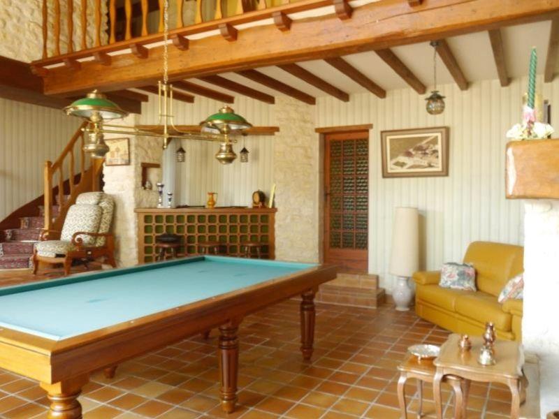 Sale house / villa Gemozac 271700€ - Picture 6