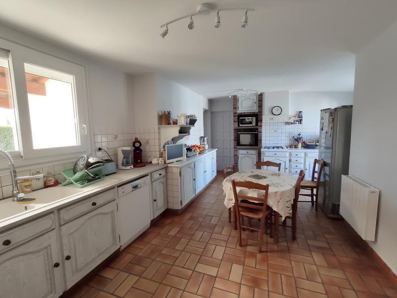 Sale house / villa Gemozac 365050€ - Picture 2