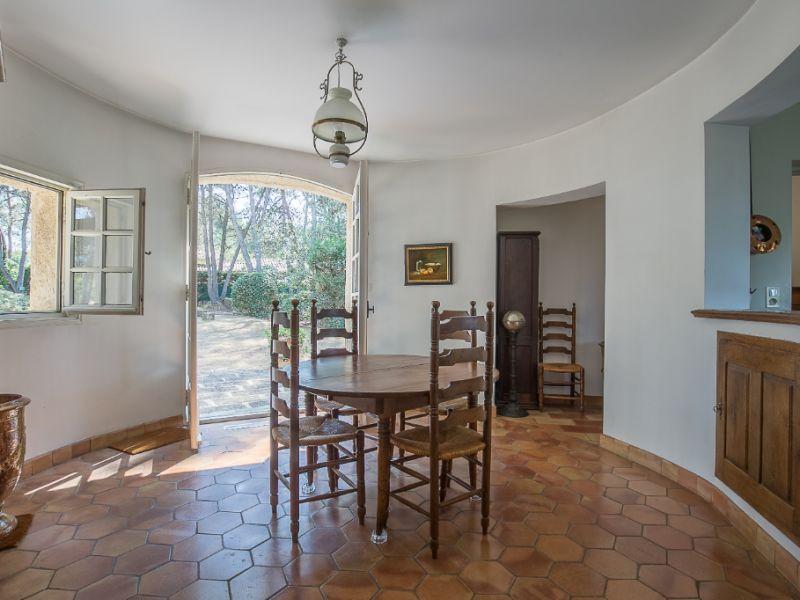 Vente maison / villa Cabries 750000€ - Photo 2