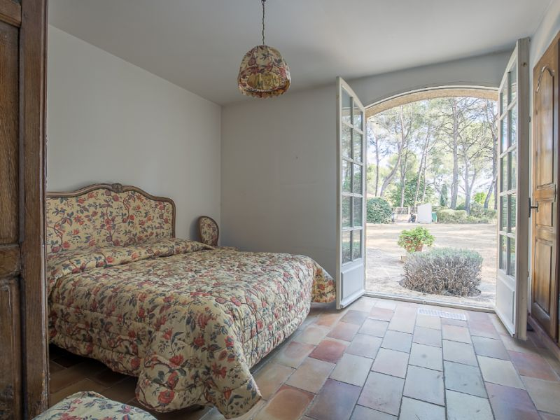 Vente maison / villa Cabries 750000€ - Photo 3