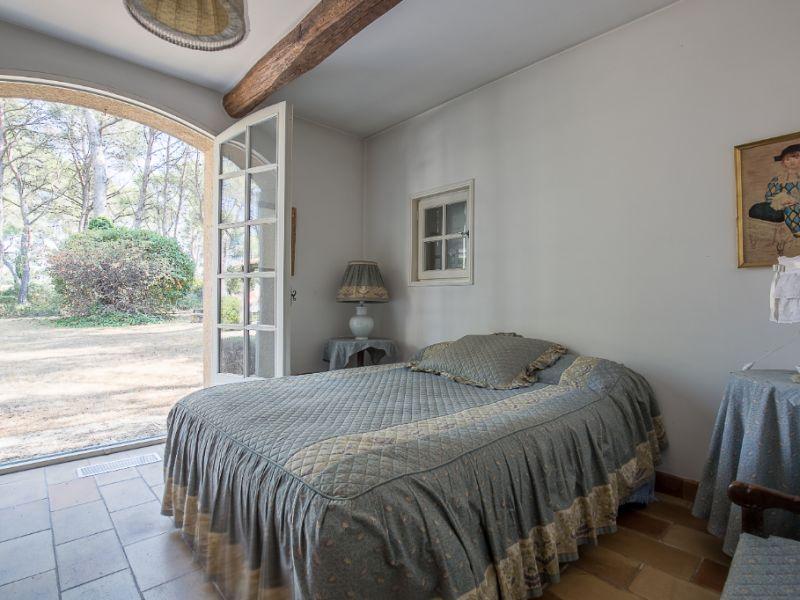 Vente maison / villa Cabries 750000€ - Photo 9