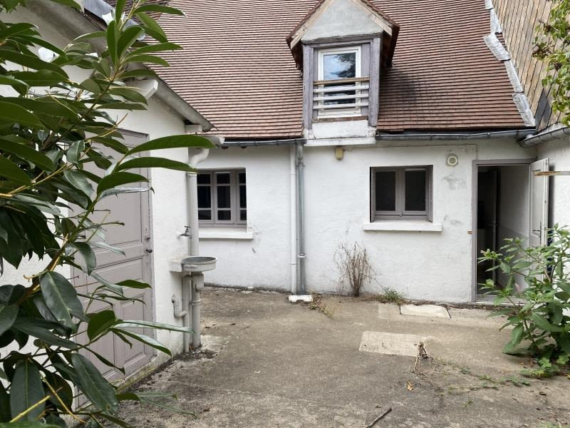 Sale house / villa St fargeau 66 000€ - Picture 1