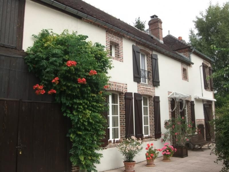 Sale house / villa St maurice thizouaille 223000€ - Picture 1