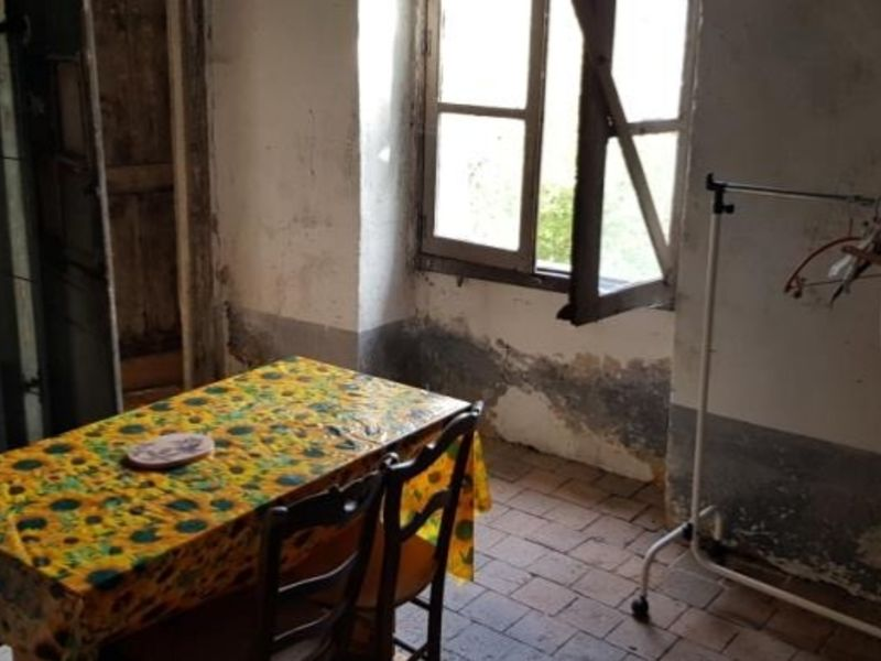 Sale house / villa Moutiers en puisaye 34000€ - Picture 3