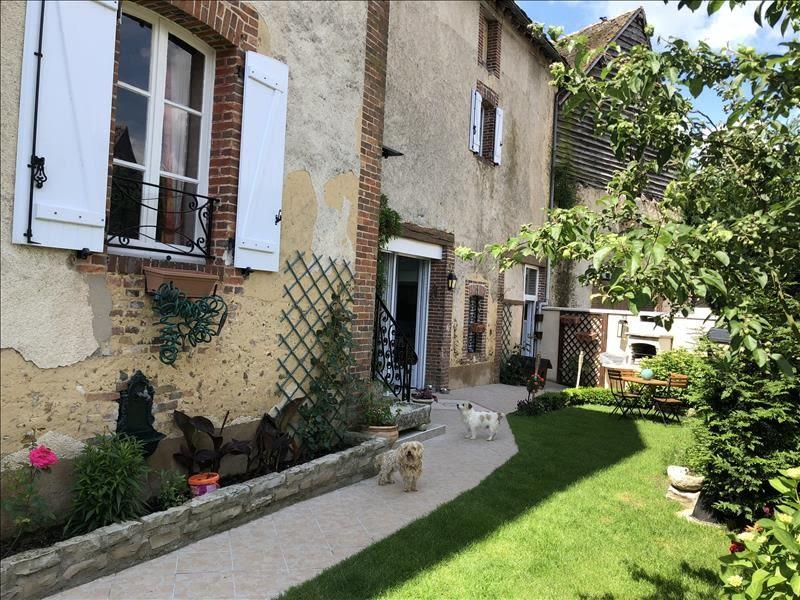Sale house / villa Champignelles 190800€ - Picture 1