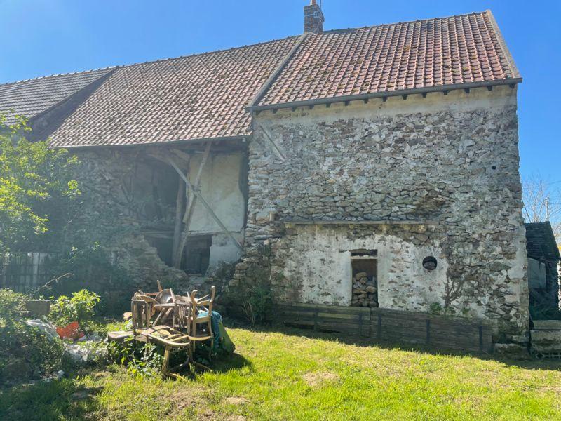 Sale house / villa Saint cyr sur morin 103000€ - Picture 1