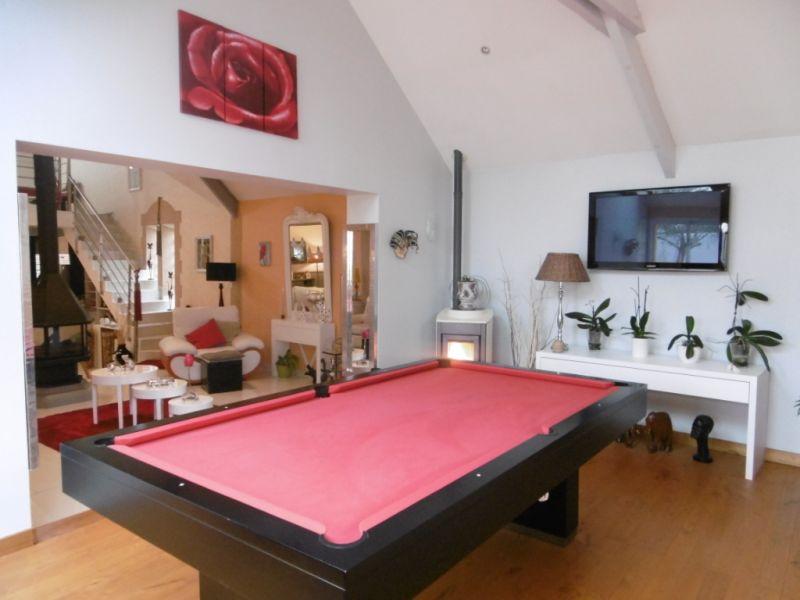 Sale house / villa Yvre l eveque 587600€ - Picture 4