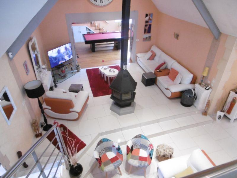 Sale house / villa Yvre l eveque 587600€ - Picture 9