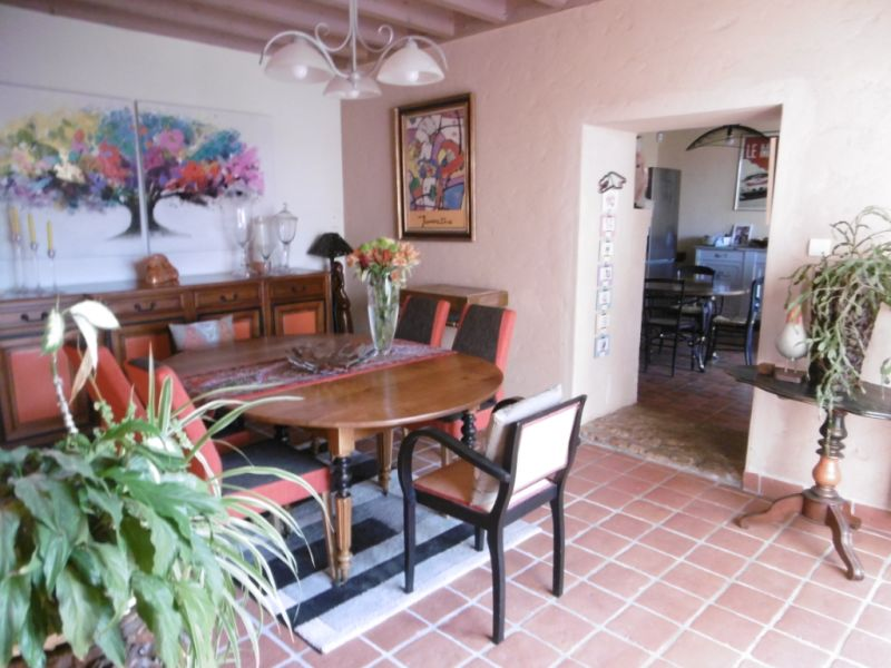 Sale house / villa Yvre l eveque 343200€ - Picture 5