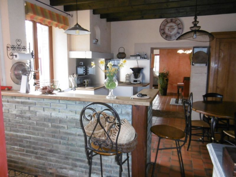 Sale house / villa Yvre l eveque 343200€ - Picture 7