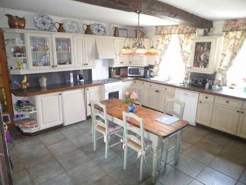 Sale house / villa Thourie 186400€ - Picture 3