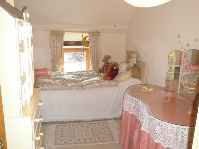 Sale house / villa Thourie 186400€ - Picture 11