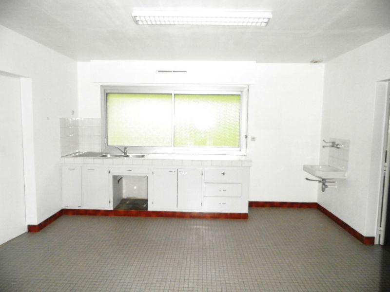 Sale house / villa Martigne ferchaud 69970€ - Picture 2