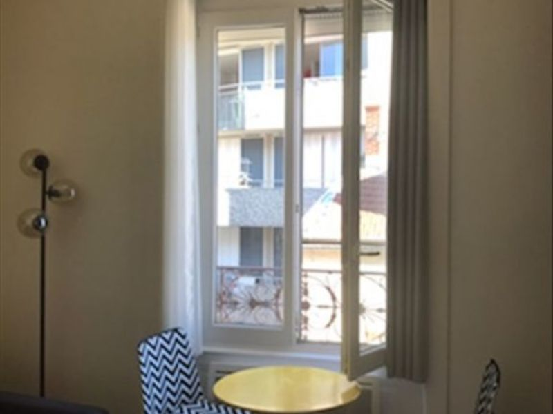 Rental apartment Lyon 03 536€ CC - Picture 2