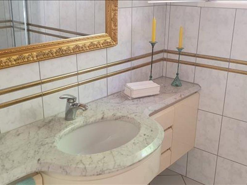 Sale house / villa Les issambres 630000€ - Picture 7