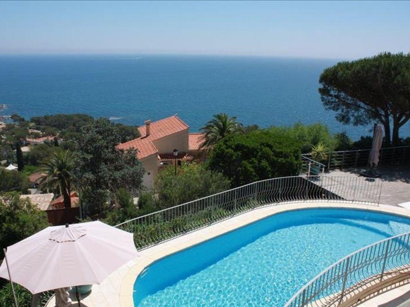 Sale house / villa Les issambres 1550000€ - Picture 1
