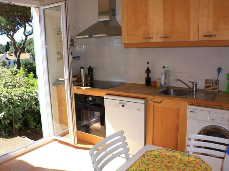 Vente maison / villa Les issambres 472500€ - Photo 7